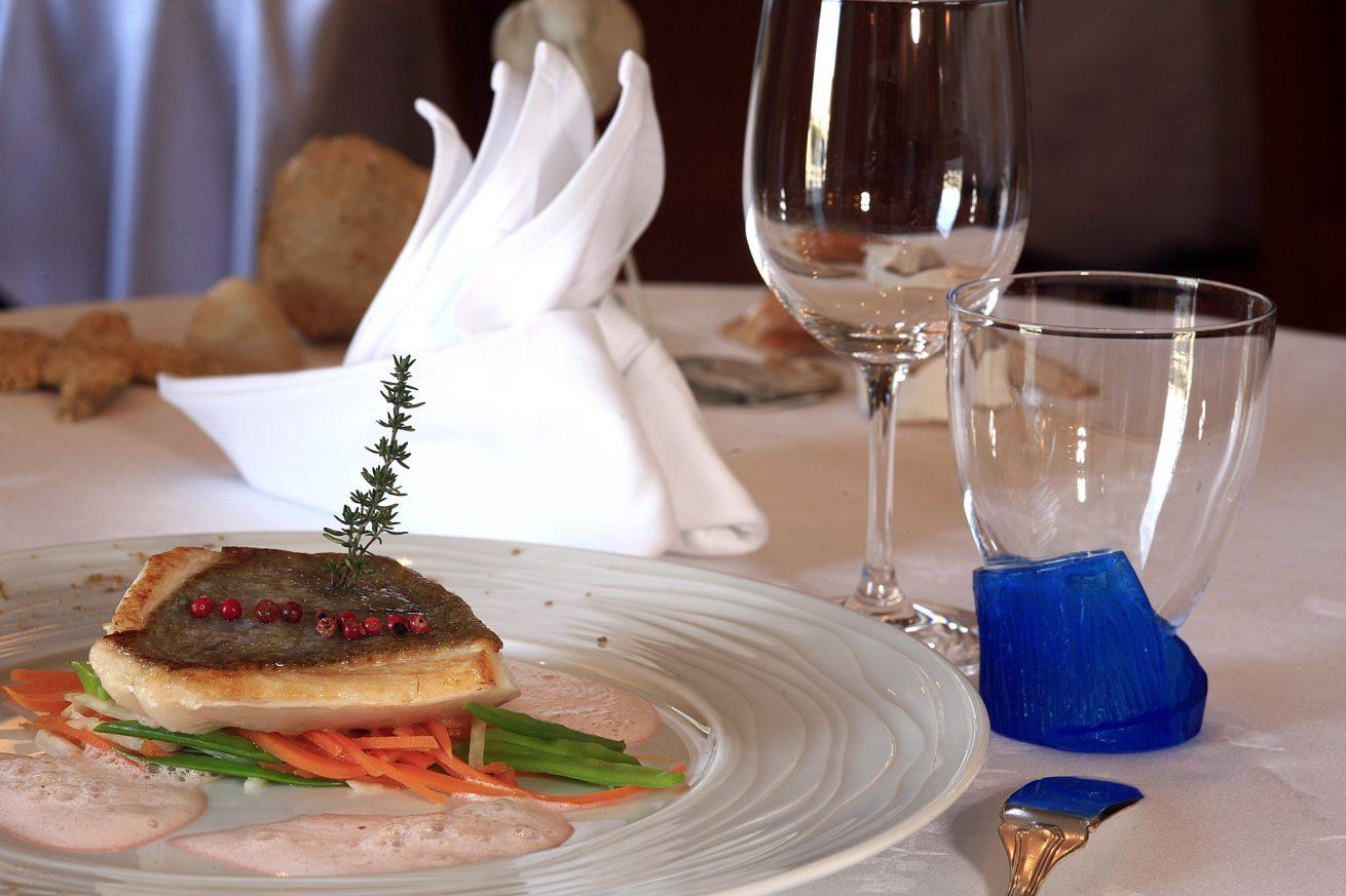 plat poisson restaurant l'azimut trinité sur mer